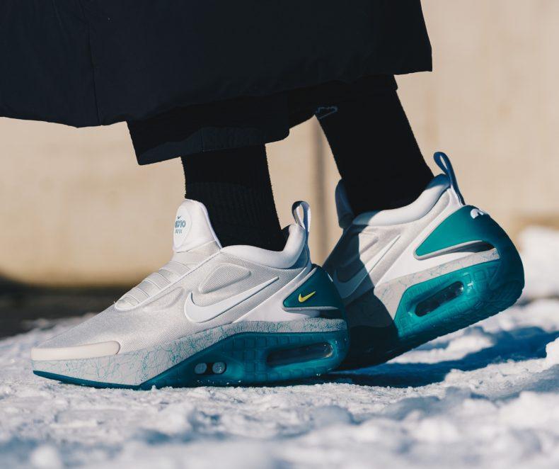 Sneakerși sau computer? Nike Adapt Auto Max sunt extrem de futuriști